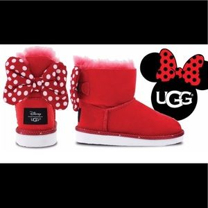 UGGS | Disney girl's size 4 boots